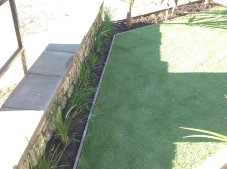 Choosing the right lawn for your landscaping project